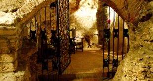 Faust Wine Cellar Budapest